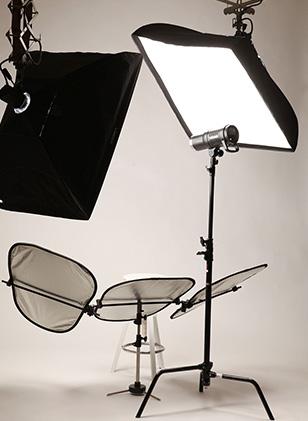 スタジオならではのライティング調整